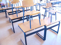 School Desks : © Photographer: Gerdien monique Samsen | Agency: Dreamstime.com